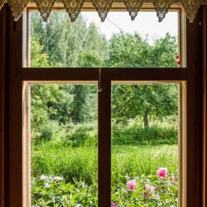 Viinituvan ikkuna